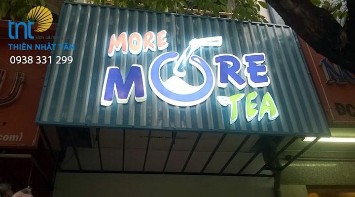 Bảng hiệu More More Tea