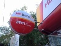 Hộp đèn HD bank