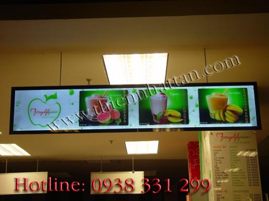 Hộp đèn quảng cáo trong quán sinh tố